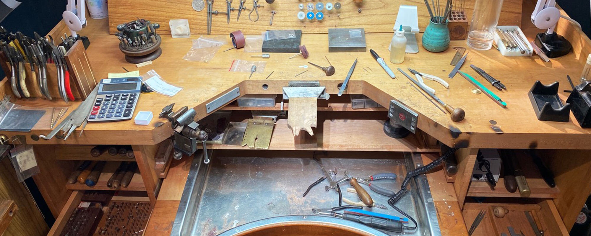 customer jewelry maker workbench